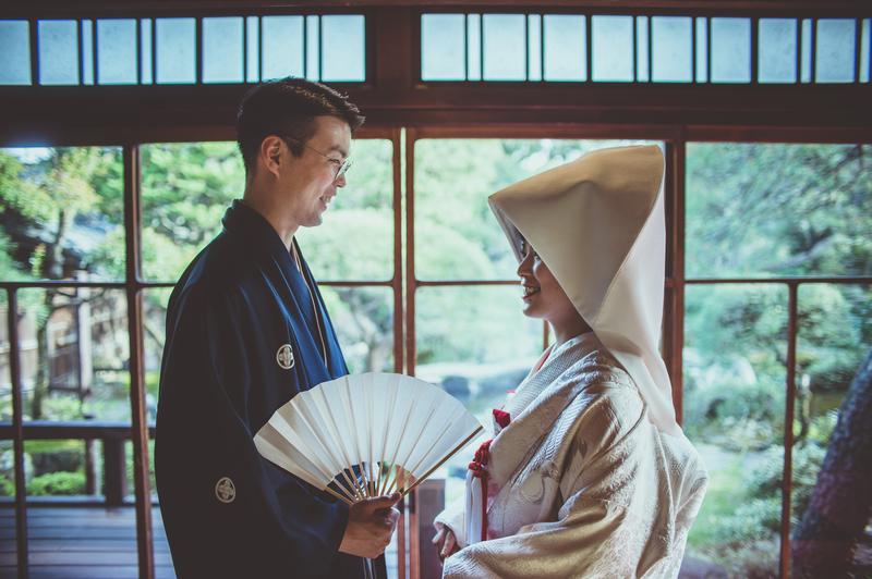 ロケーションのフォトプランで思い出を残された和装花嫁さまをご紹介いたします(白無垢)
