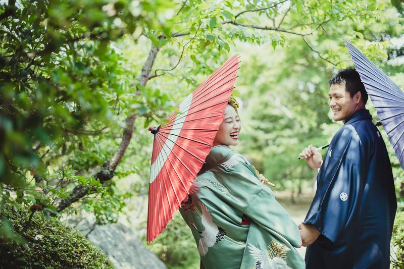 CUCURUフォトプランで前撮りされた和装花嫁さまのコーディネートをご紹介いたします(白無垢→色打掛)