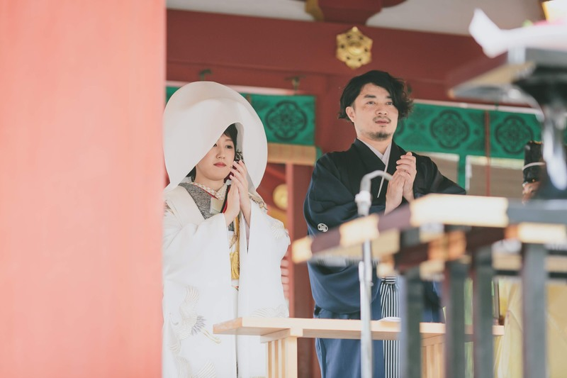 鶴岡八幡宮で神前式、古我邸で披露宴をされた先輩花嫁さまのご紹介(白無垢・ドレス)