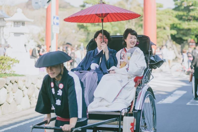 鎌倉の鶴岡八幡宮で挙式、古我邸で披露宴をされたCUCURUの和装花嫁さまをご紹介(白無垢・ドレス)
