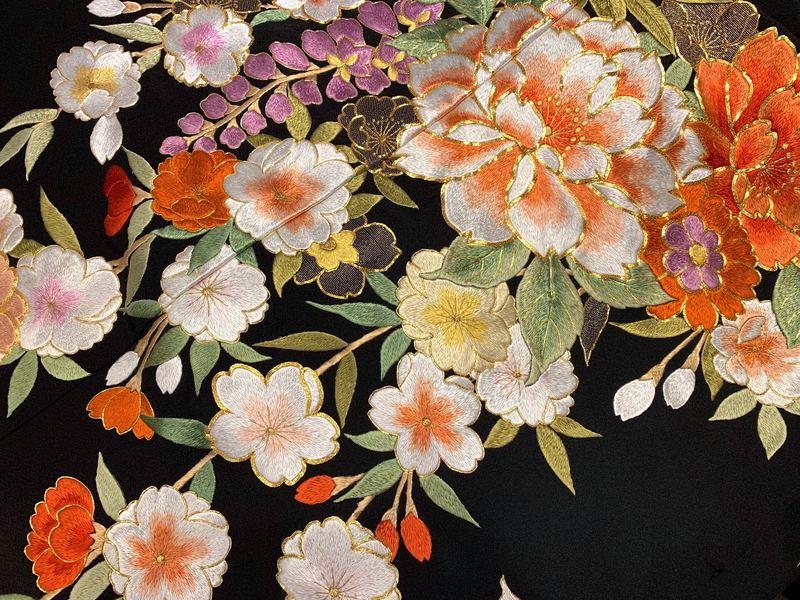 四季草花 花嫁着物の伝統紋様