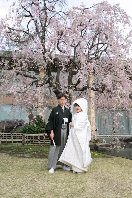 白無垢に綿帽子で挙式をされた先輩花嫁さま