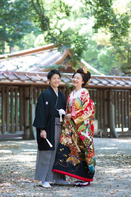 色打掛でお式をされた先輩花嫁さま