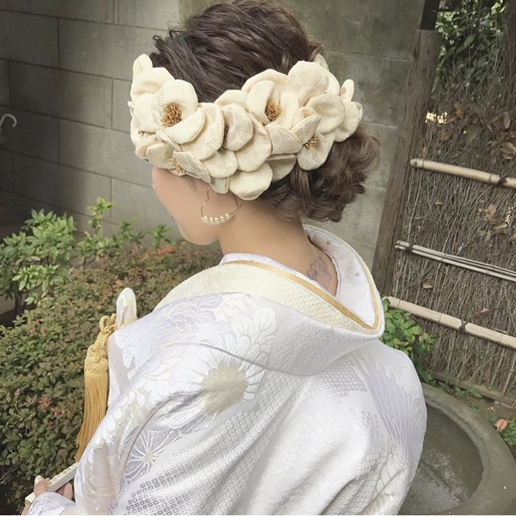 お式を挙げられた和装花嫁さまのコーディネートをご紹介いたします(白無垢):白無垢だけでなくヘッドドレスまでトータルでご提案