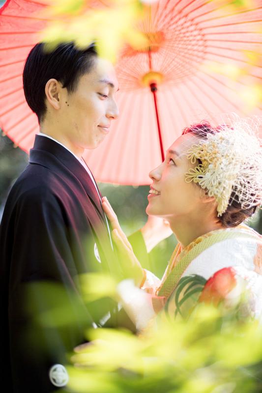 ロケーションフォトプランで撮影された和装花嫁さまをご紹介いたします(色打掛):色打掛コーディネート