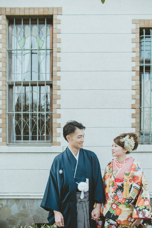 CUCURUフォトプランでロケーション撮影をされた和装花嫁さまのご紹介(白無垢・色打掛):色打掛コーディネート